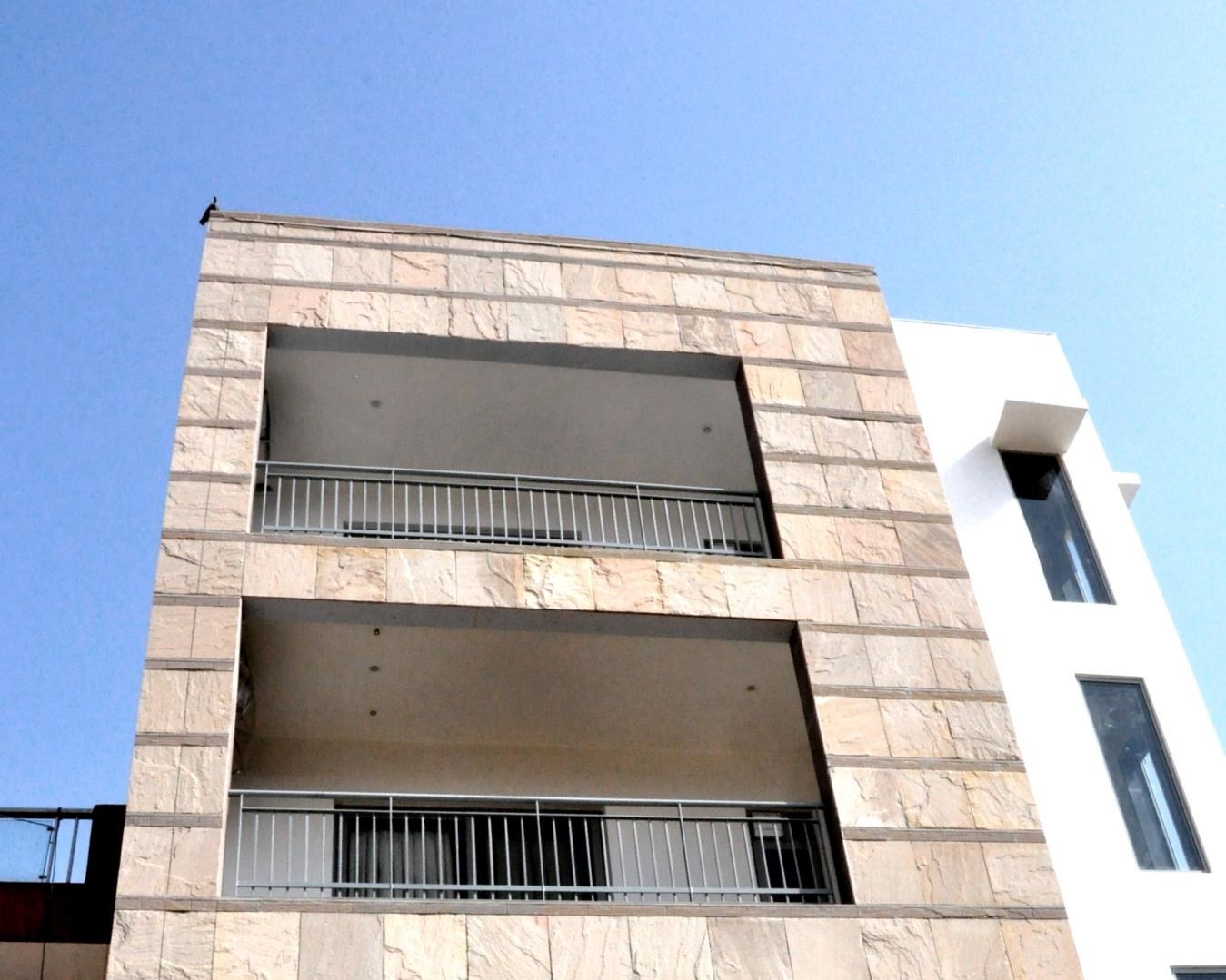 Dholpur Stone Elevation : Hooda house at new delhi by horizon design studio